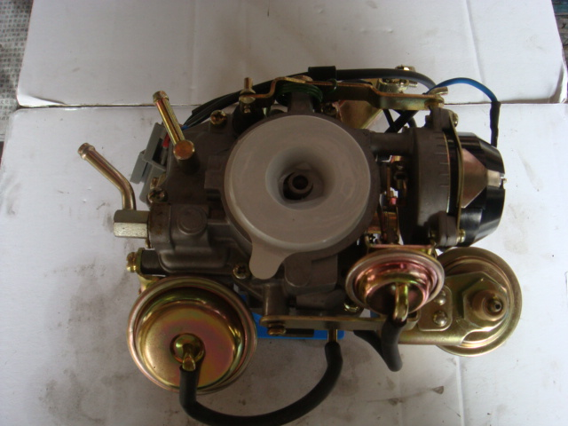 Nissan C22 Carburetor