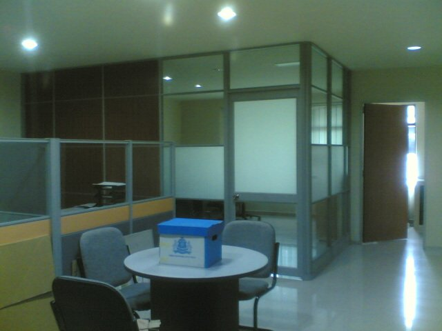 Partition.Laminate Flooring. Office design.Renovation Office