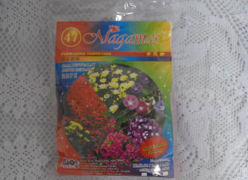Nagamas Flowering Fertilizer 47 400g 4776