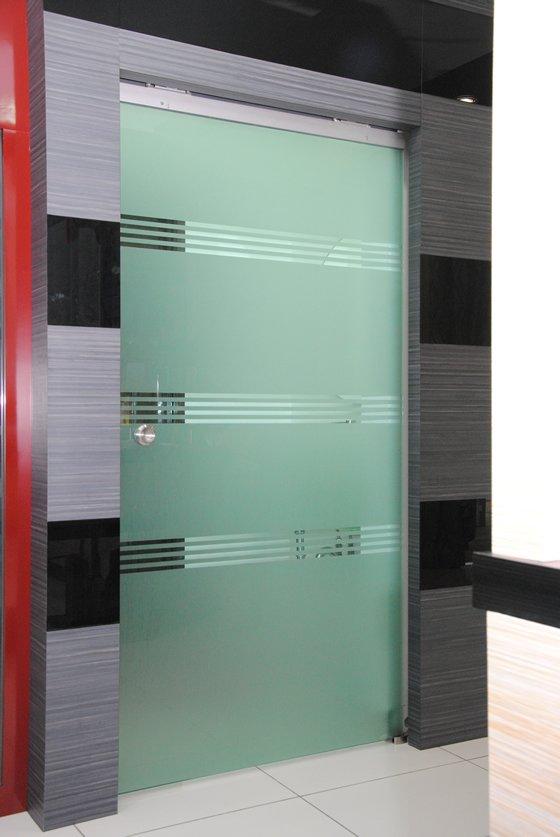 Half Auto System Tempered Glass Door Alumminium Door And
