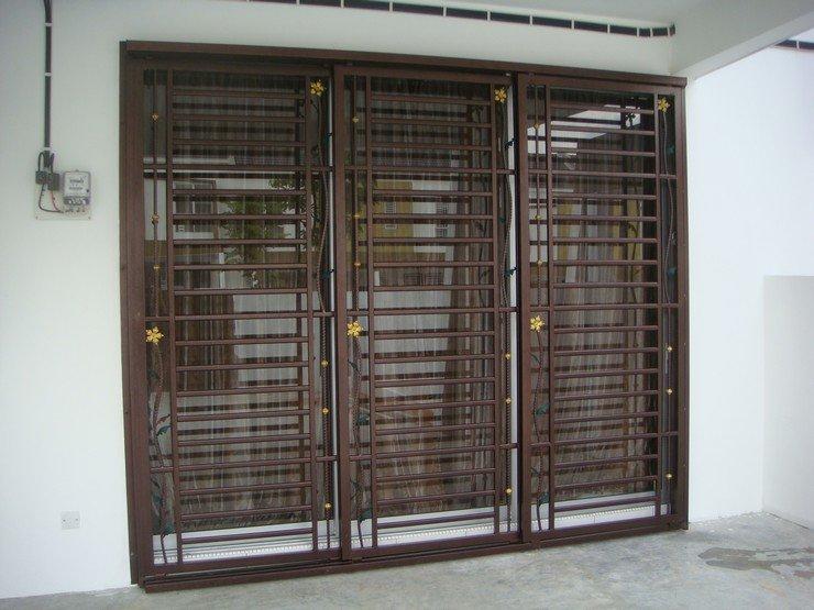 Grill door malaysia for Door design malaysia