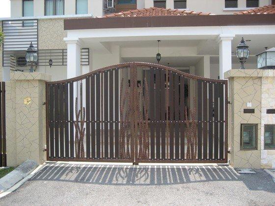 Gate designs gate design johor bahru for Door design johor bahru