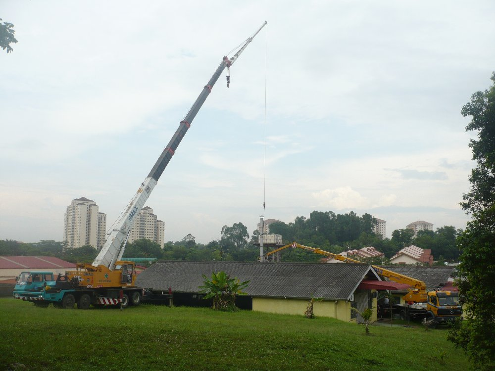 50t MOBILE CRANE & SKYLIFT DISMANTLE JOBS