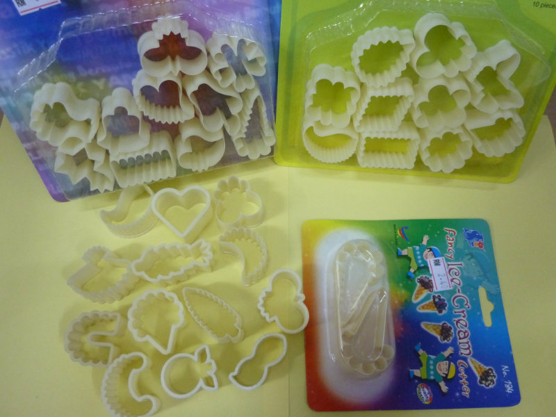 ASSORTED COOKIE CUTTER