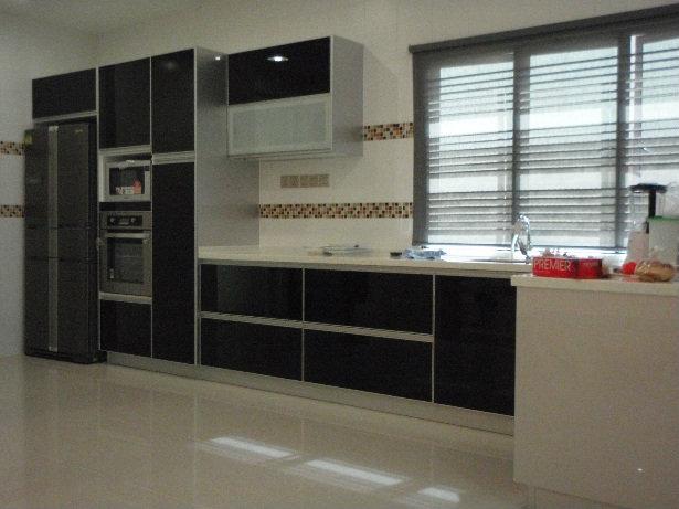 Kc 12 aluminium cabinet johor bahru jb design for Door design johor bahru