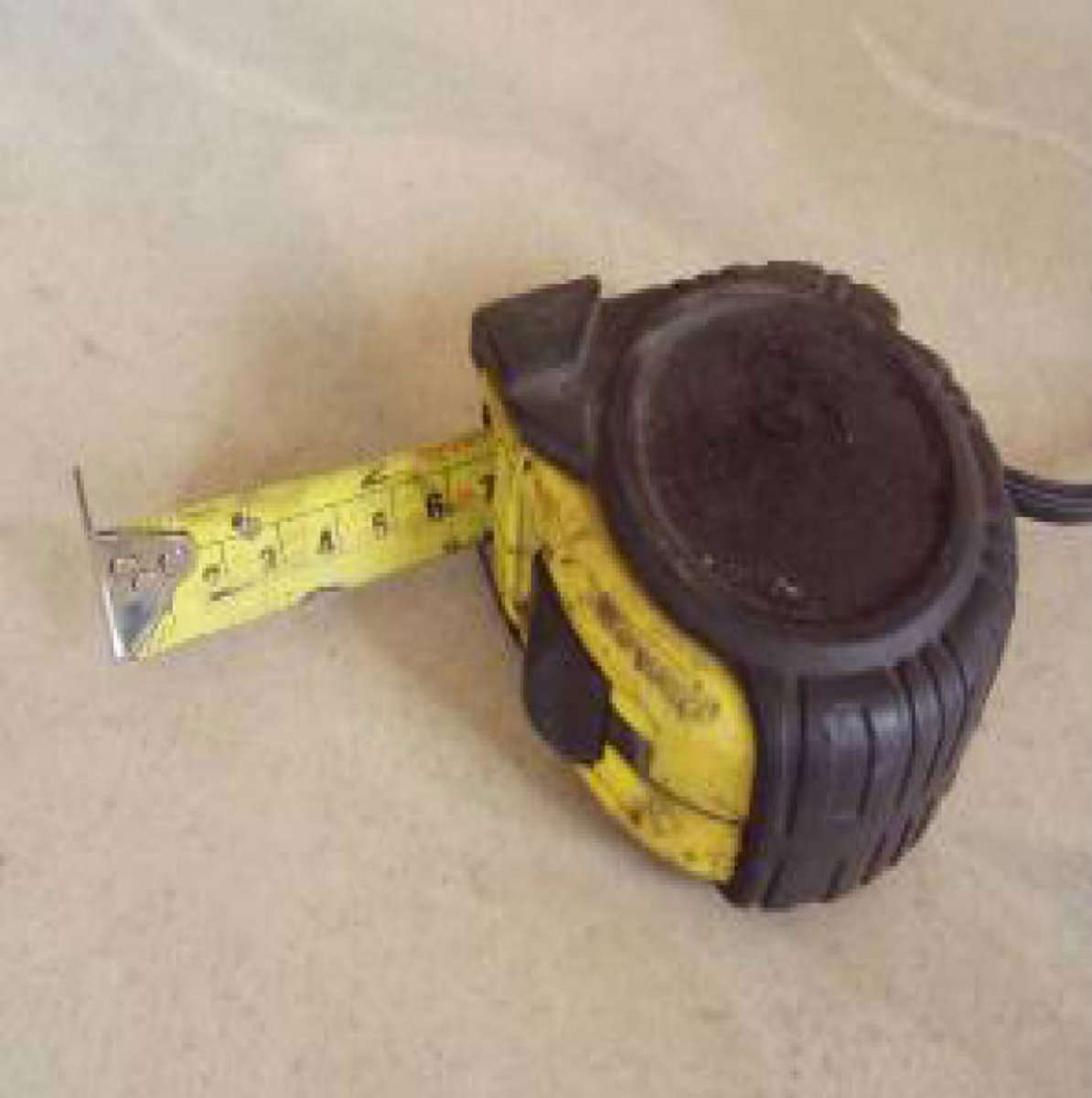 7.5 M tape measure7.5 米卷尺