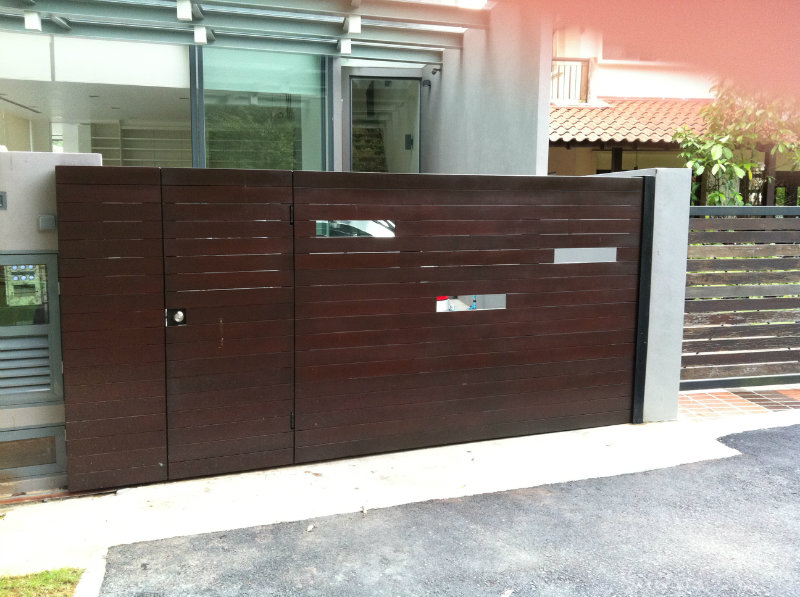 Main sliding gate chengai wood design main gate - Sliding main gate design for home ...