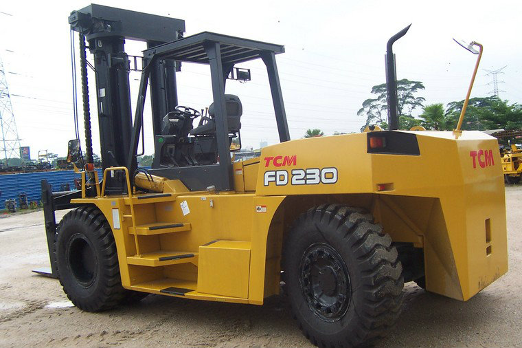Tcm Fd 230 Tcm 马来西亚 Gan Fatt Forklift Machinery Sdn Bhd