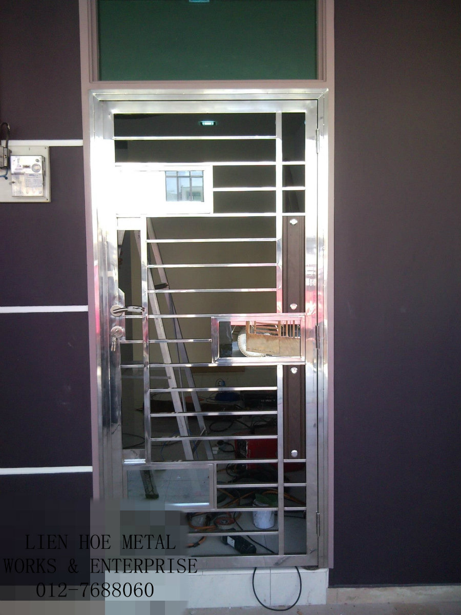 Pin glass doors aluminum windows shower bullet proof on for Balcony safety grill designs