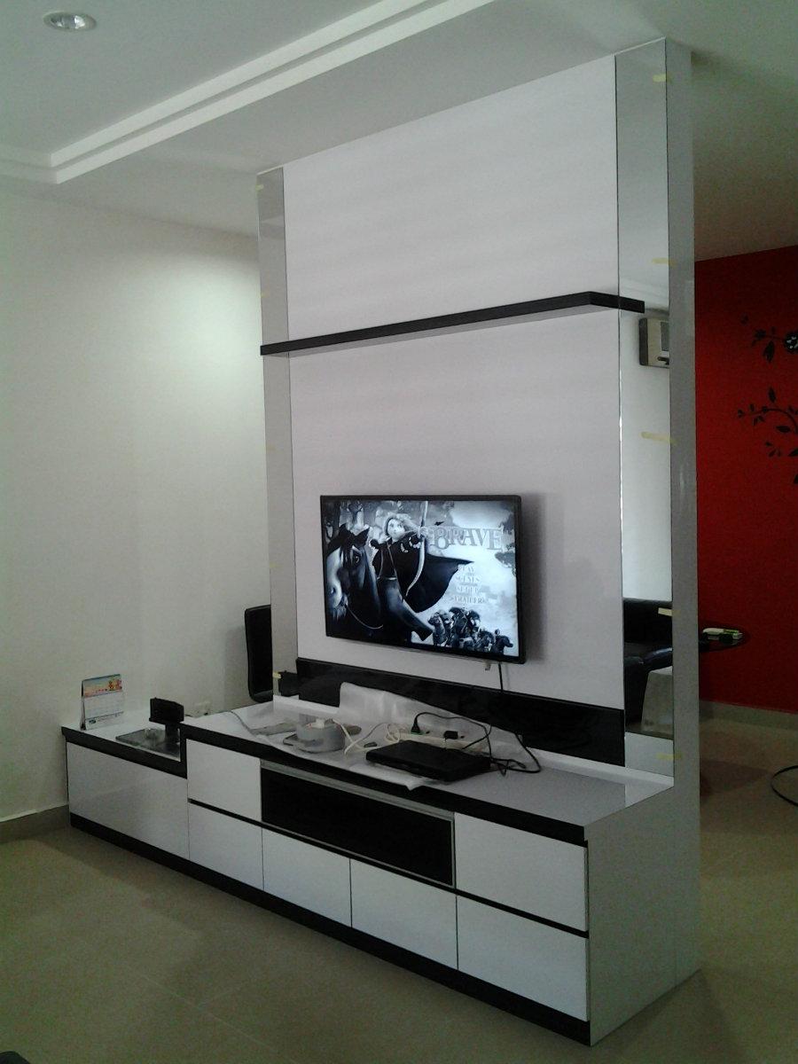 Tv console jb johor bahru living room design taman gaya for Living room design johor bahru