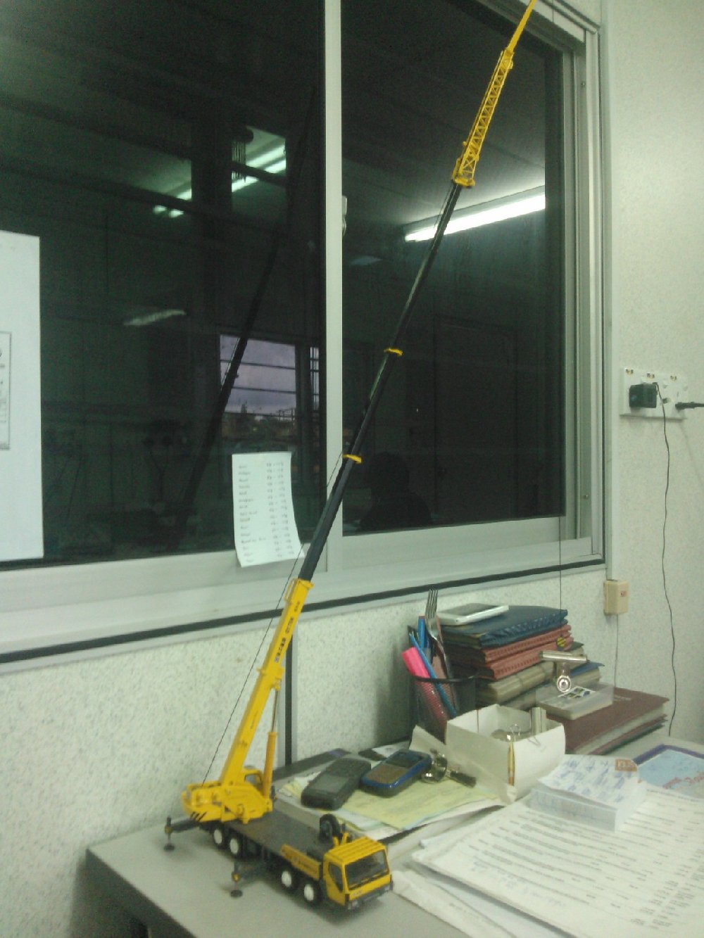 mobile crane toy for sale (steel made)