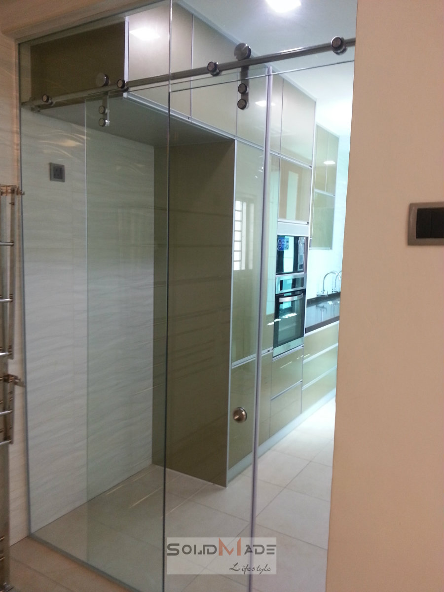 Tempered Glass Hanging Door