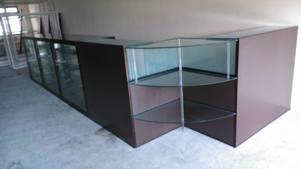 Alum Display Cabinet