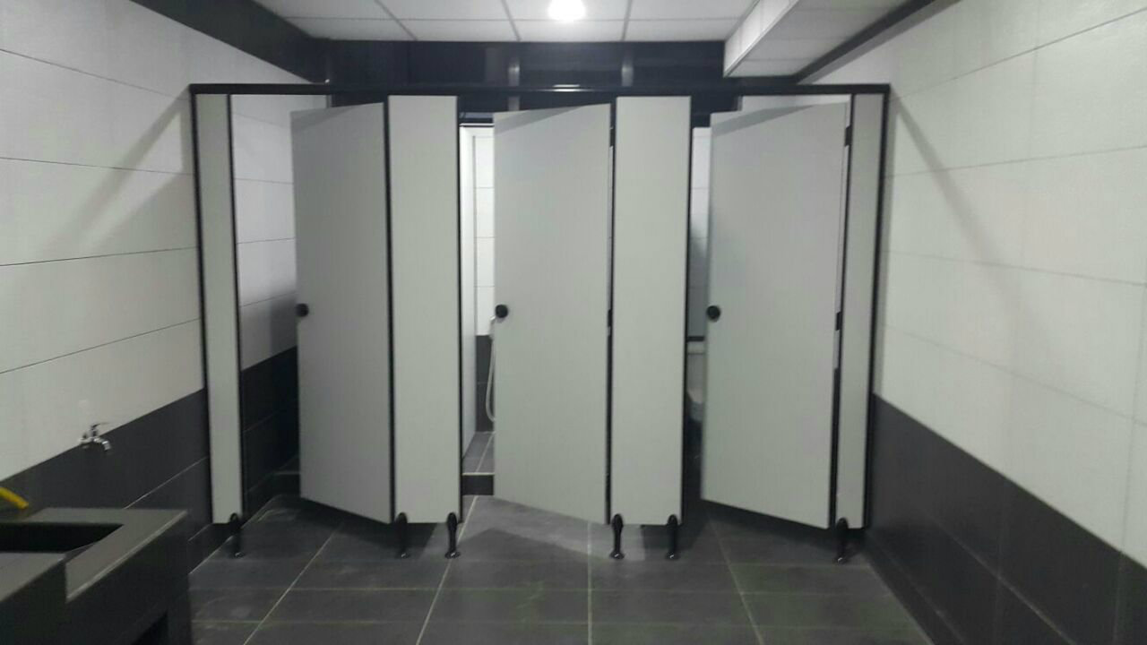 Toilet Cubicle