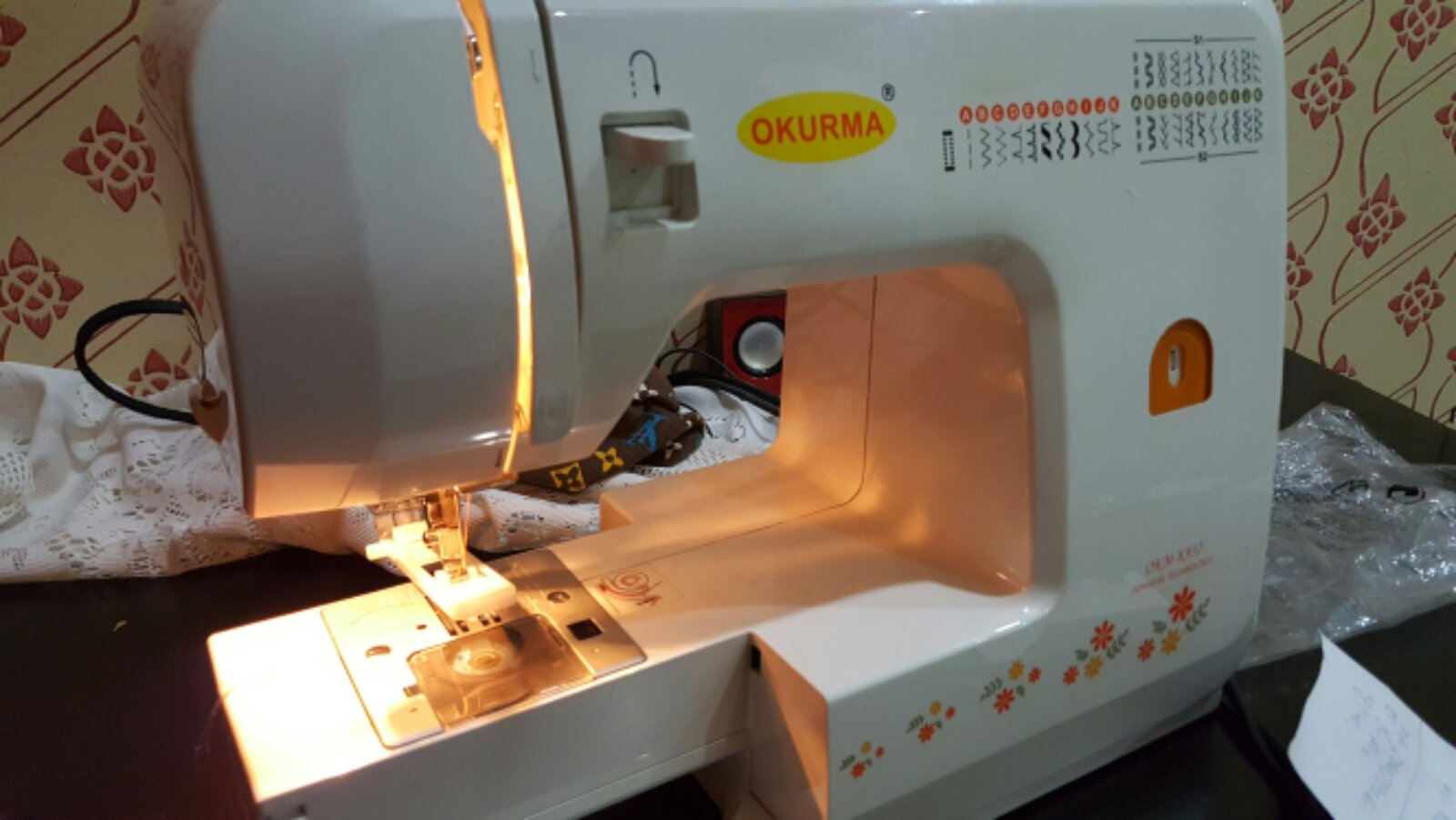 Brand Okuma Portable Buton hole Sewing Machine@@