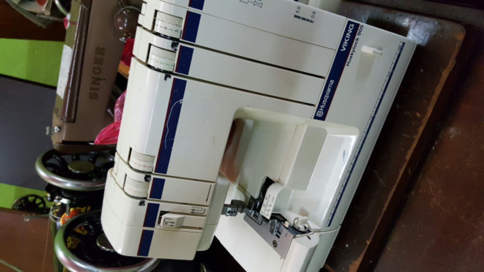 Repai Very Special Overlock Sewing Machine@@