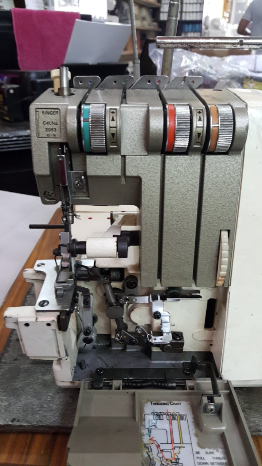 Repai Singer Portable Overlock Sewing Machine!