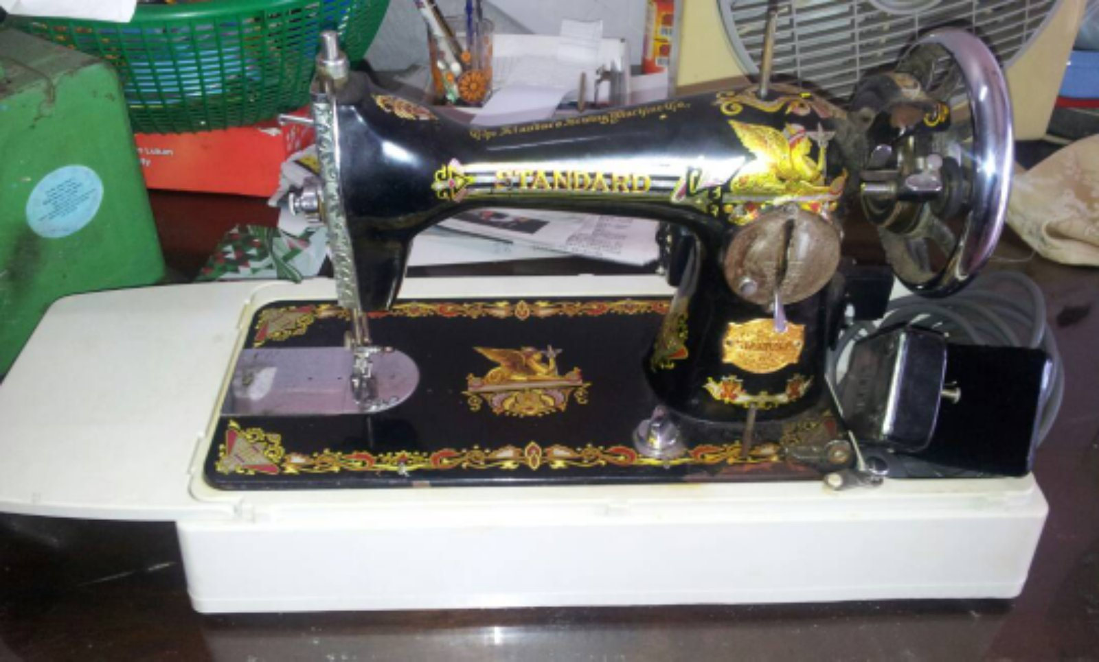 Second Hand Portable Anti Sewing Machine!