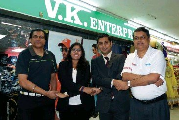 KLExpats & V.K.Golf Malaysia JOINT arm to arm Golf Links