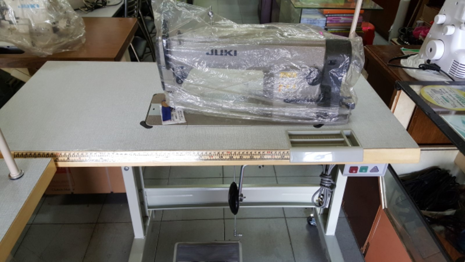 Juki Hi Speed Sewing Machine