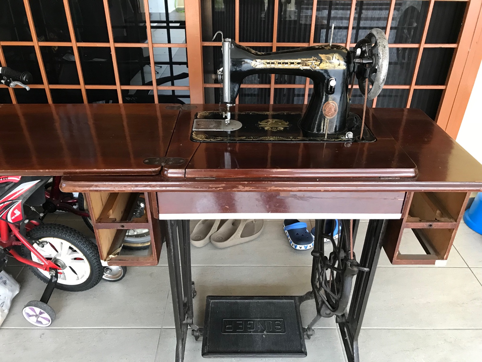 Sevis Singer Olw Sewing Machine