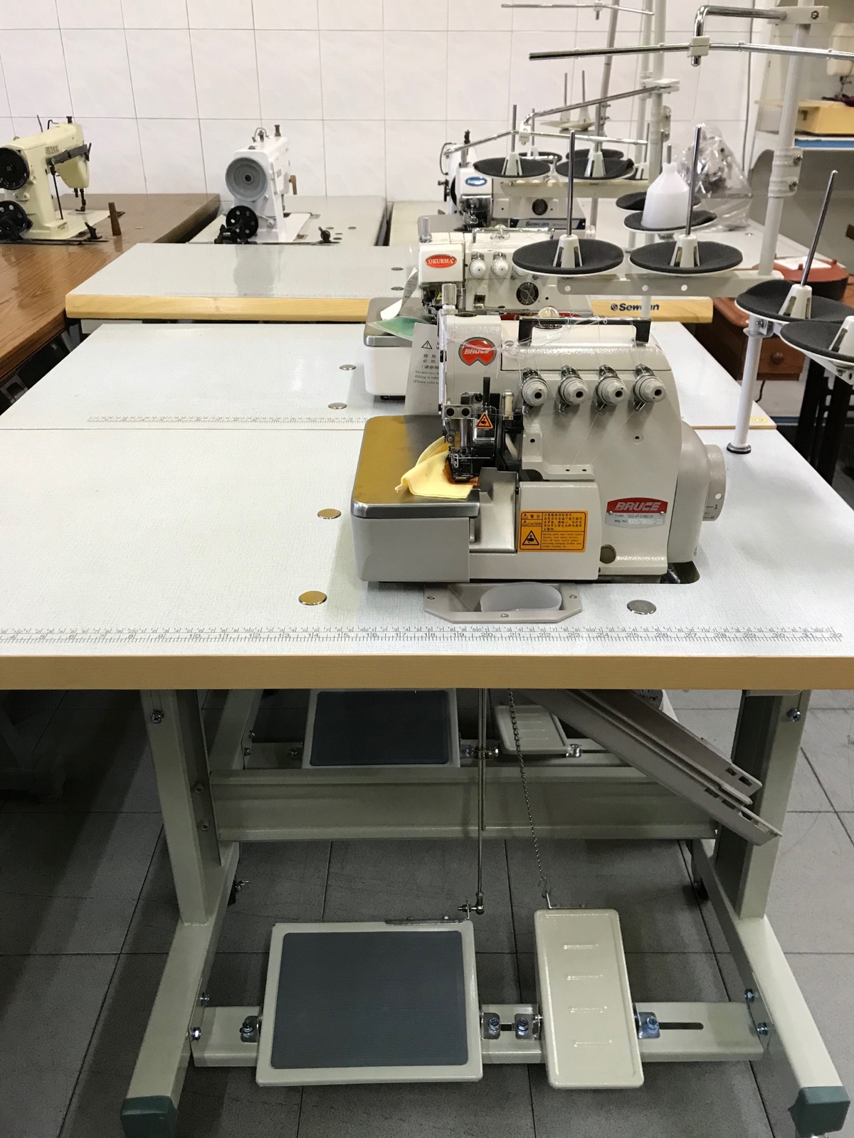 New Bruce Overlock Sewing Machine
