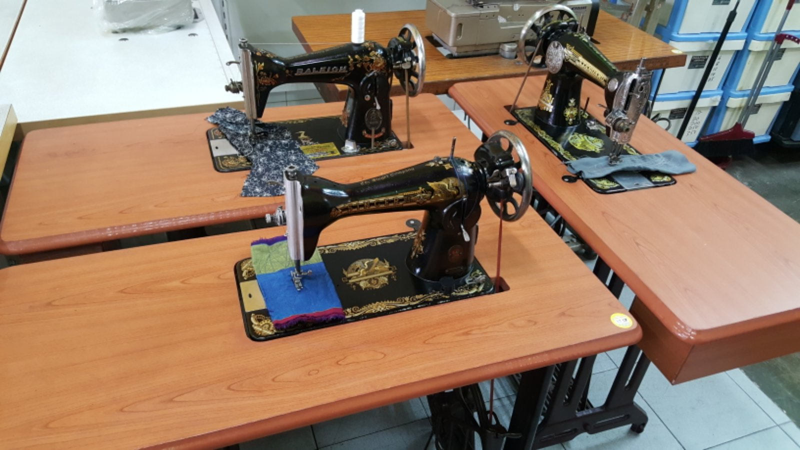 Second Anti New Table Sewing Machine