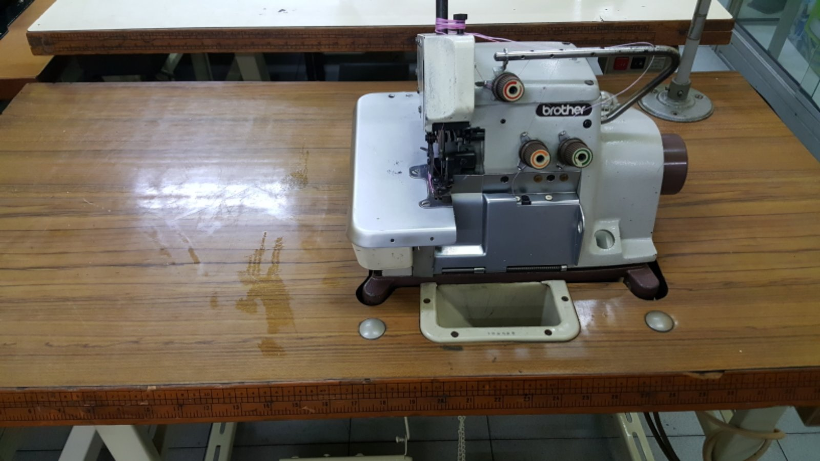 User Brother Overlock Sewing Machine