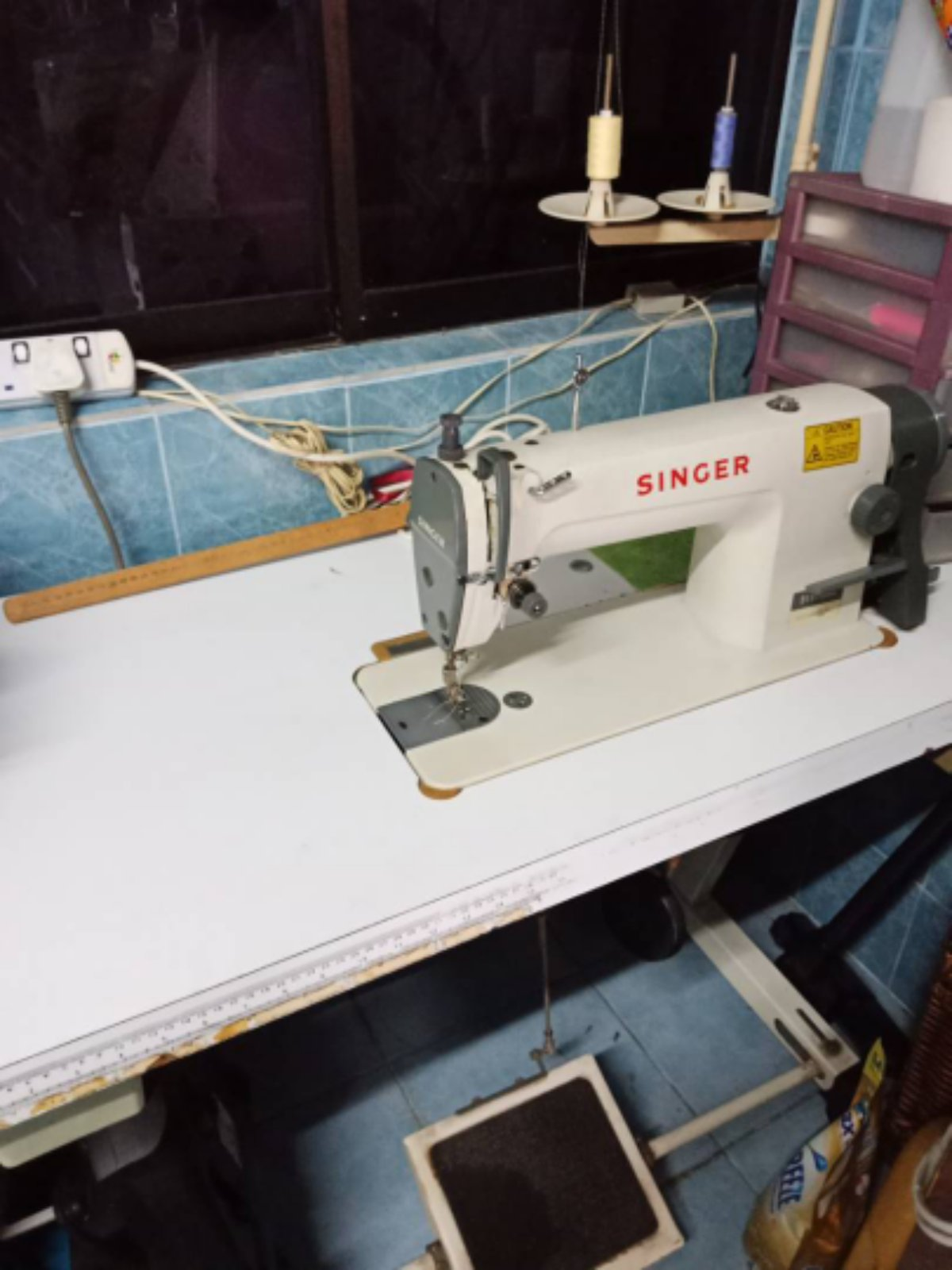 Second Hand Singer Hi Speed sewing Machine