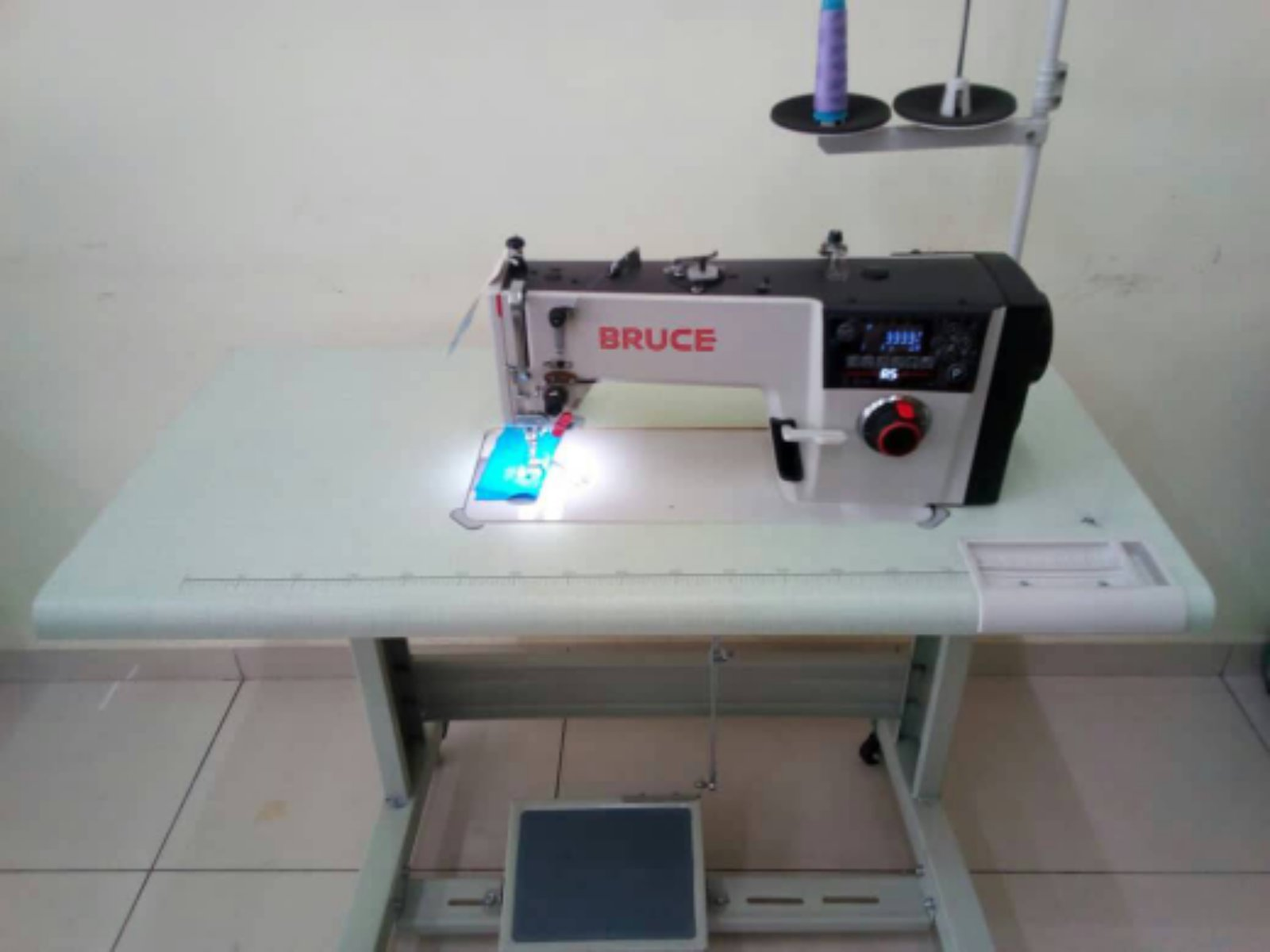 New Bruce Super.Hi Speed.Sewing Machine