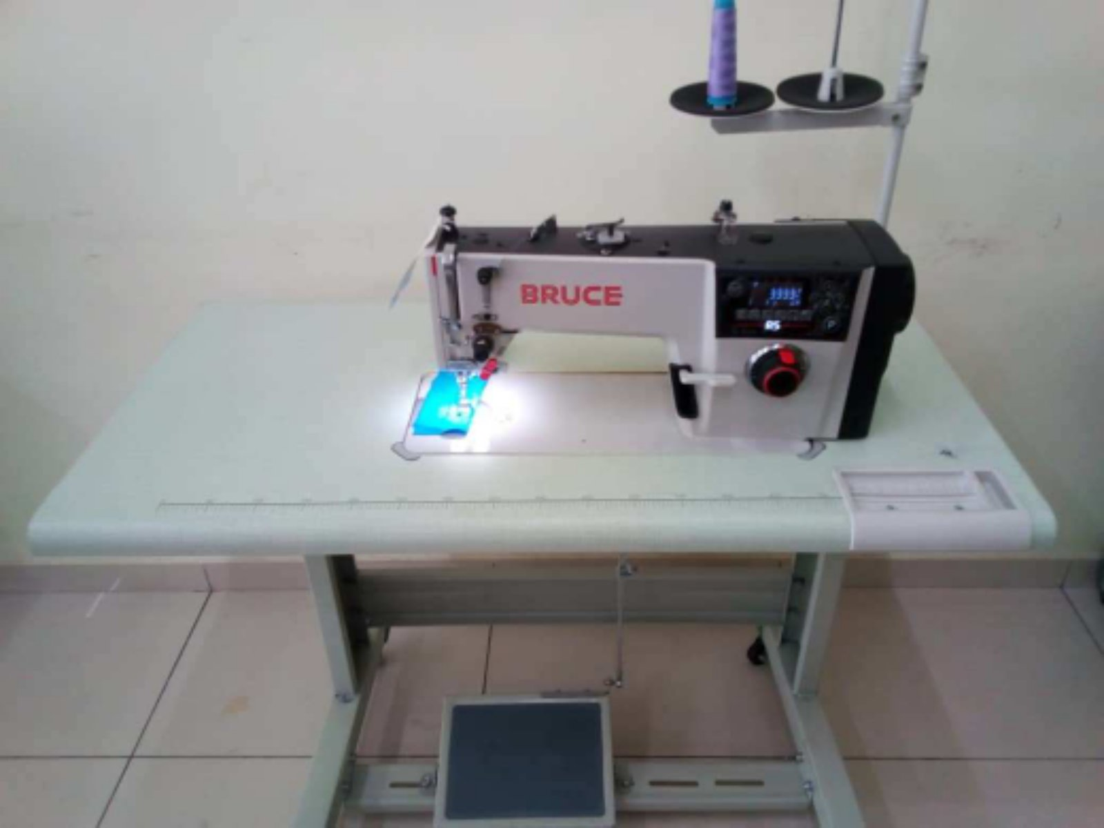 New Brucw Siper Hi Speed Sewing Machine