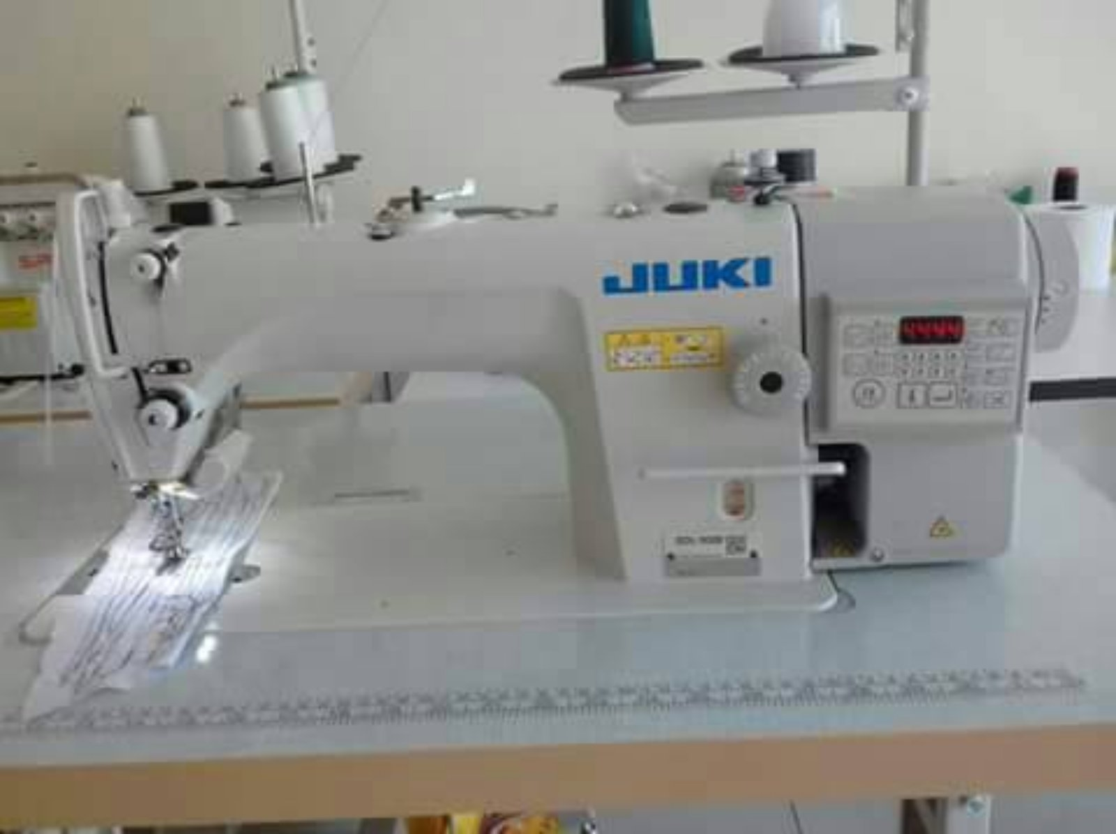 New Juki Auto.Hi Speed sewing machine