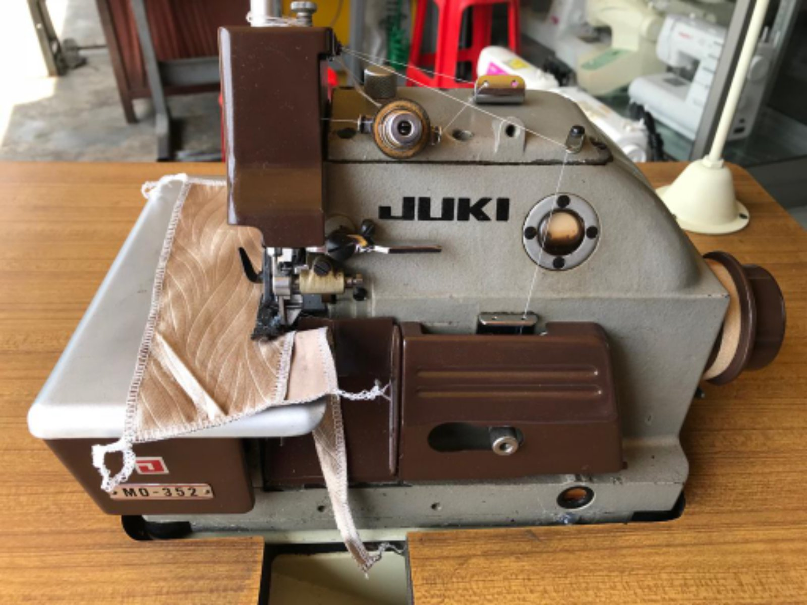 Second Hand Juki Overlock Sewing Machine