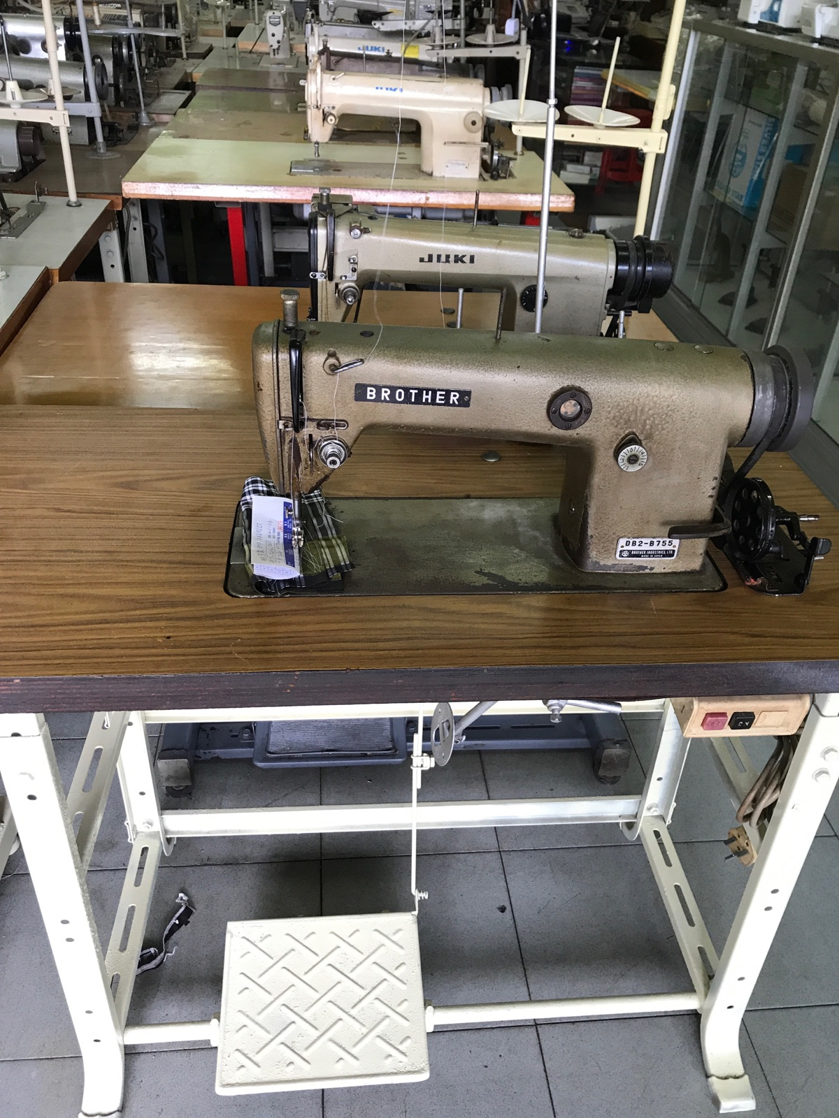 2nd Juki And Brother Hi Speed Sewing Machine