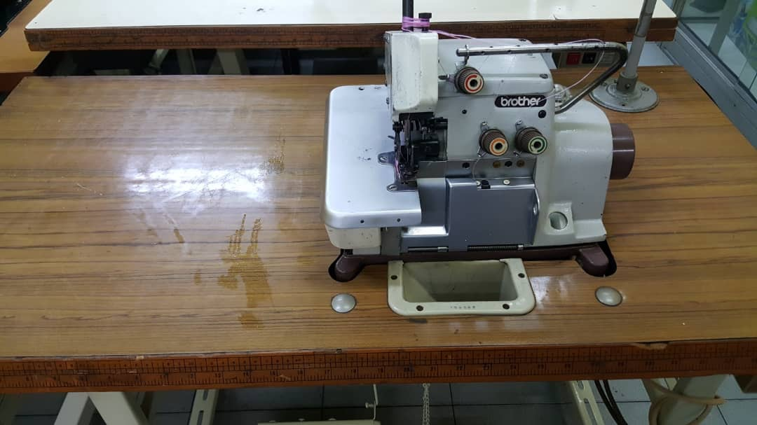 2nd Brother Overlock Sewing Machine