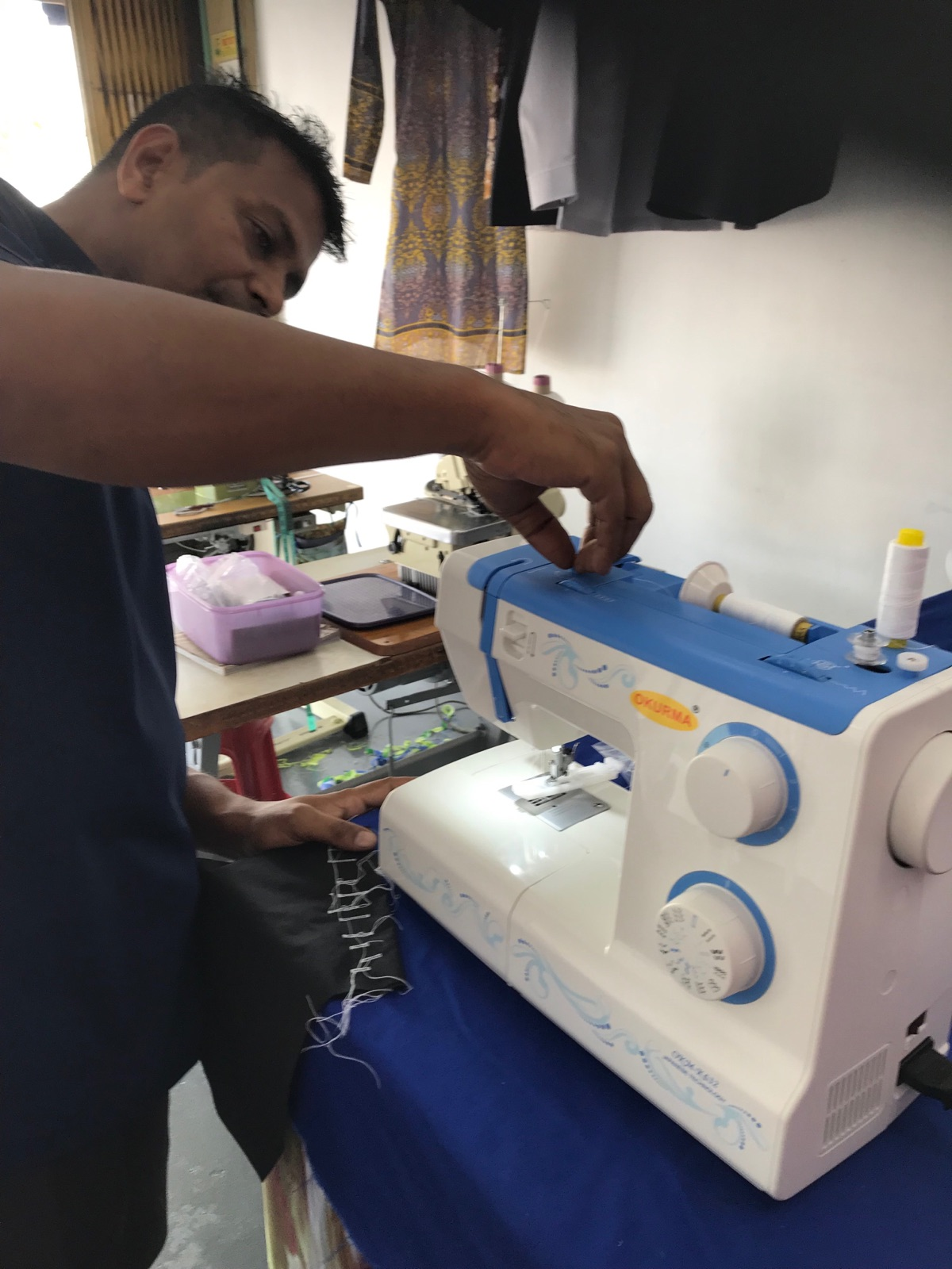 Display For Okurma Portable Sewing Machine