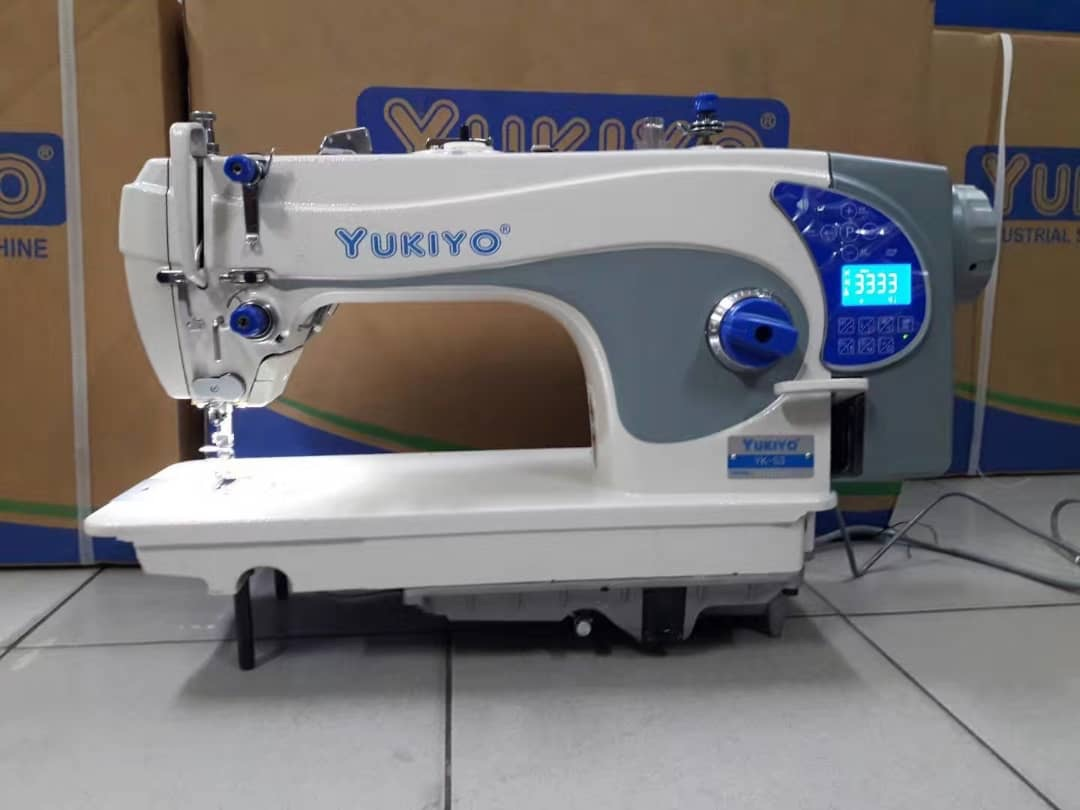 Yukiyo Super Hi Speed Sewing Machine