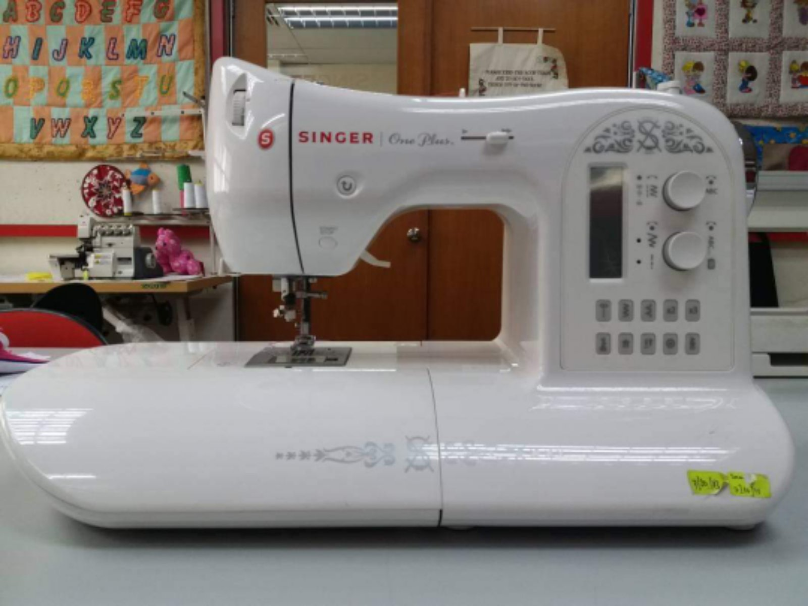 Singer Semi Emboidery Machine