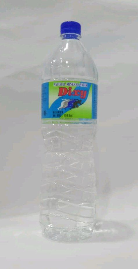 Dixy Mineral Water (1500 ml)
