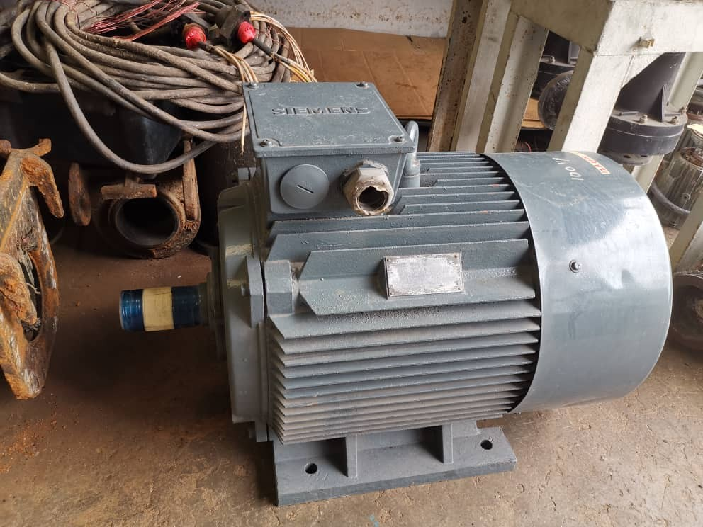 Second hand Siemens 100hp 4poles three phase foot mounted mo