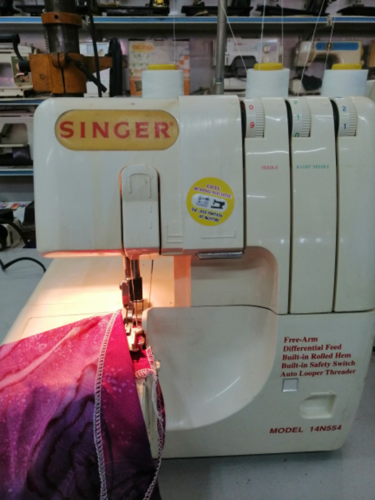 Fix And Sevis Singer Portable Overlock Sewing machine