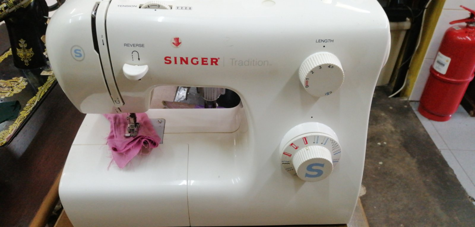Repair Sevis Singer Portable Zie Zig Sewing Machine