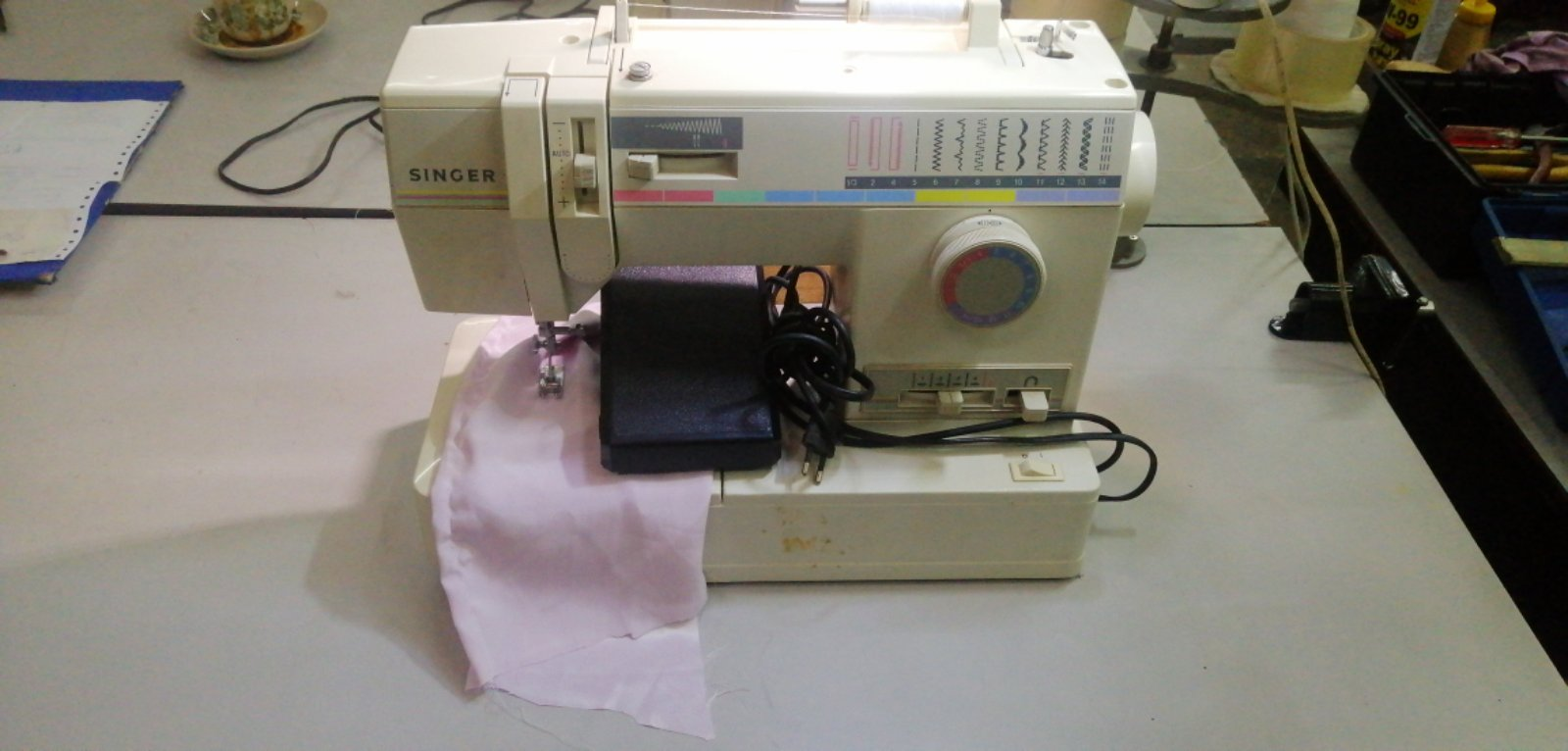 Second Hand Singer Portable Sewing Machine