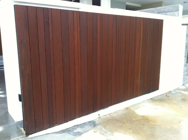 Main sliding gate chengai wood design main gate and for Wooden main gate design