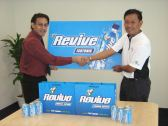 Founder of Golf Single Handicapper (Right) with Permanis Rep, Mr. Dinesh Kumar