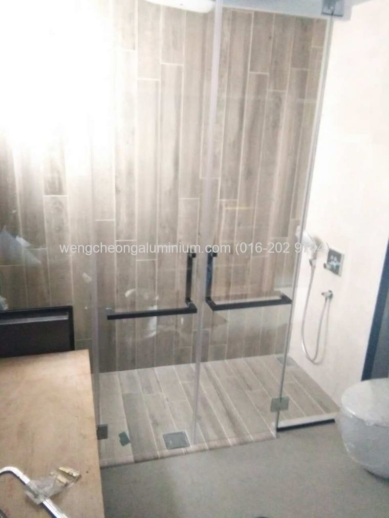 Shower Screen Tempered Glass