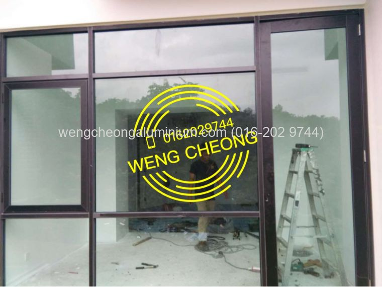 Shopfront Fixed Panel With Casement & Swing Door (Lamina