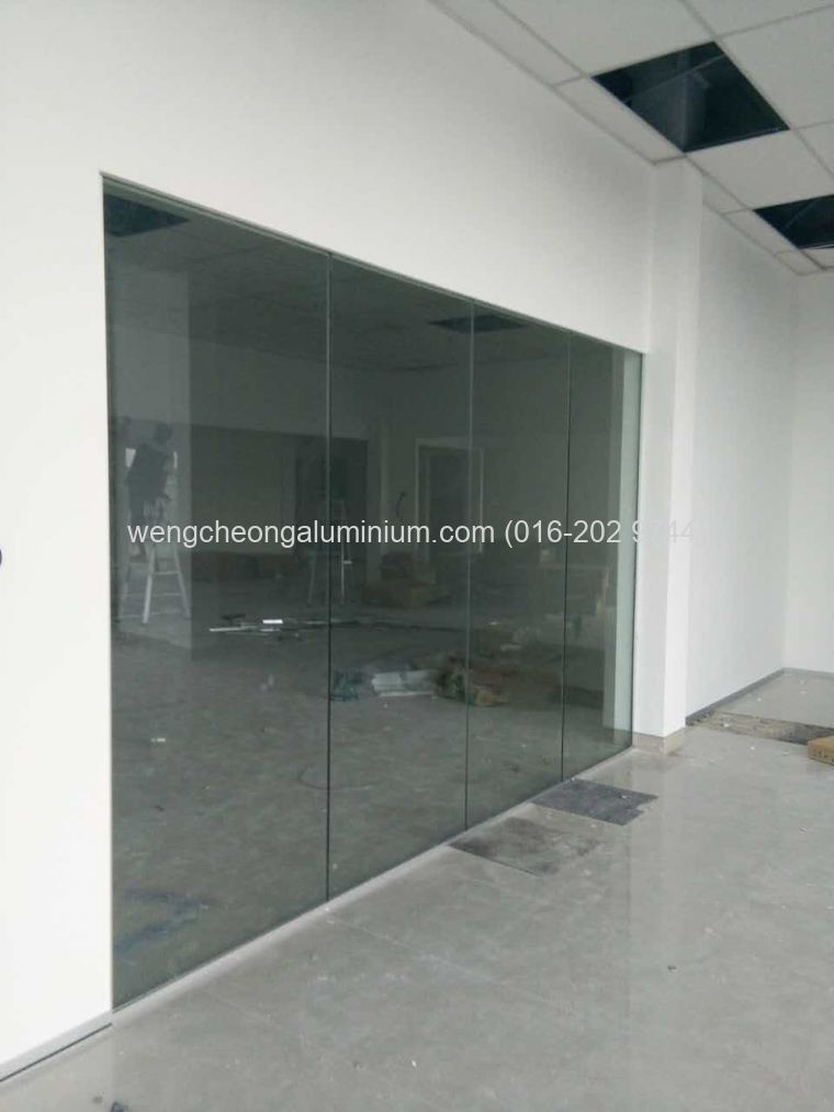 Fixed Panel Glass