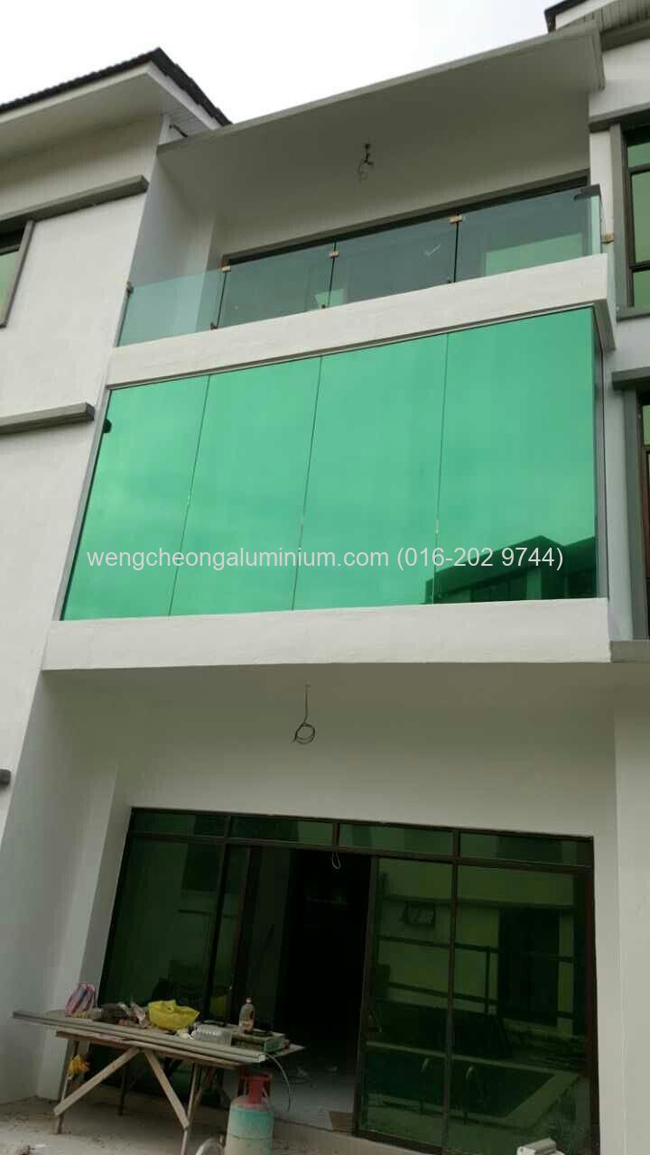 Fixed Panel Glass (Reflective Glass)