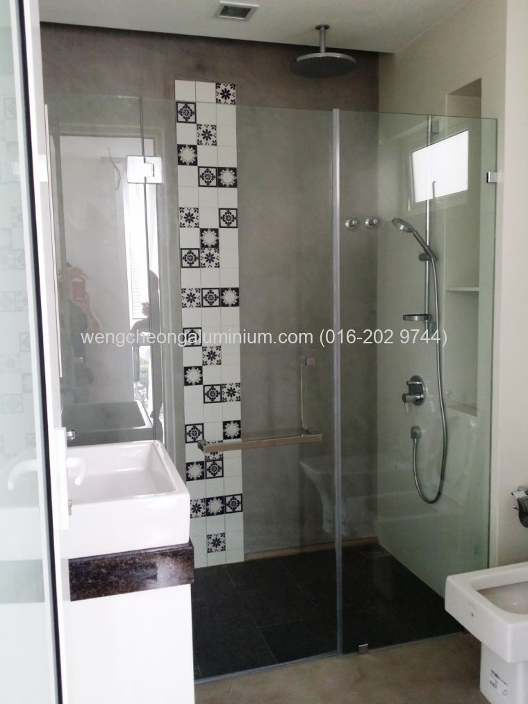 Shower Screen Swing Door With Shower Screen Fixed Panel